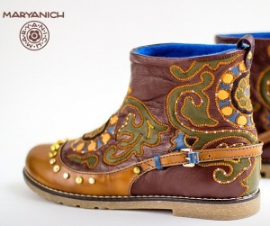 new twist on traditional Tatar boot created by Maryanich